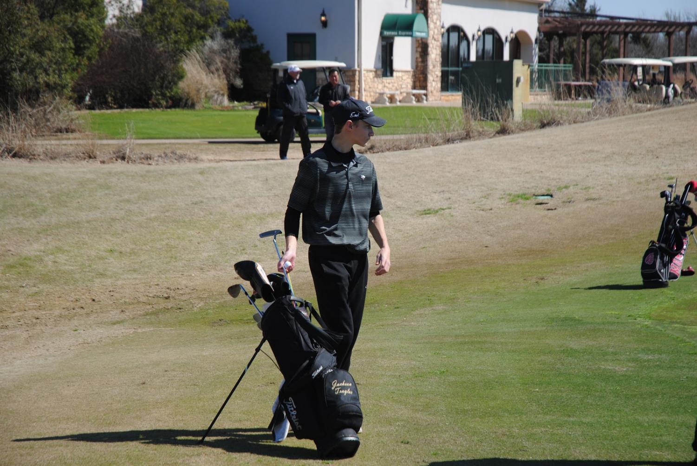 Jackson Traylor (junior) on the golf course.