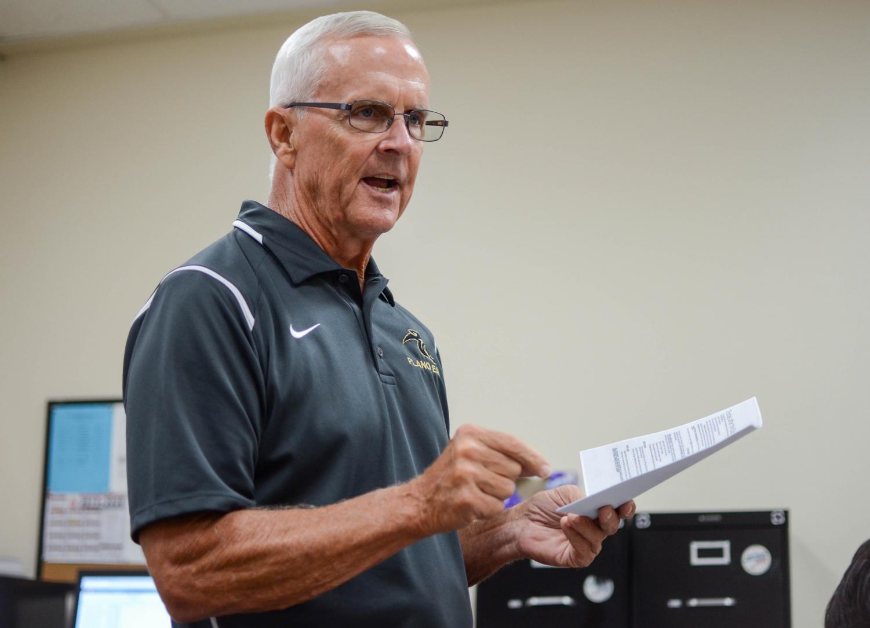 Coach Rapp teaches 4th period AP Economics on Sep. 6th.